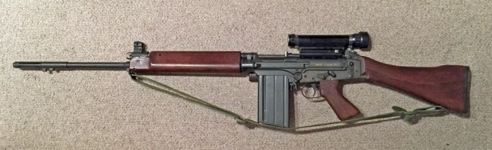 FN C1A1 rifle with Sniper Scope C1 - Left side.