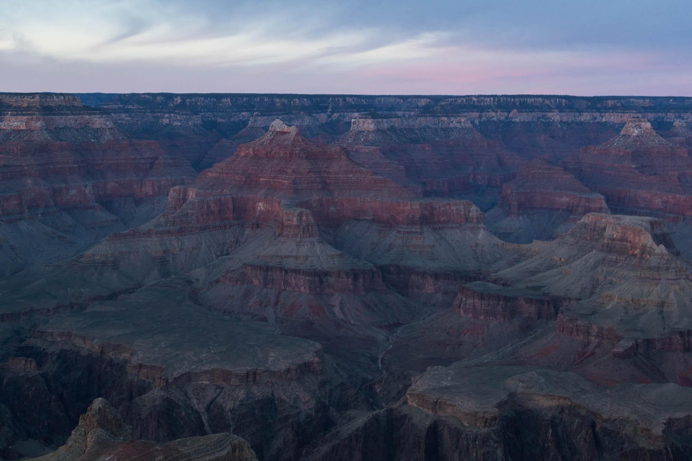 Le Grand Canyon au coucher du Soleil depuis Hopi Point