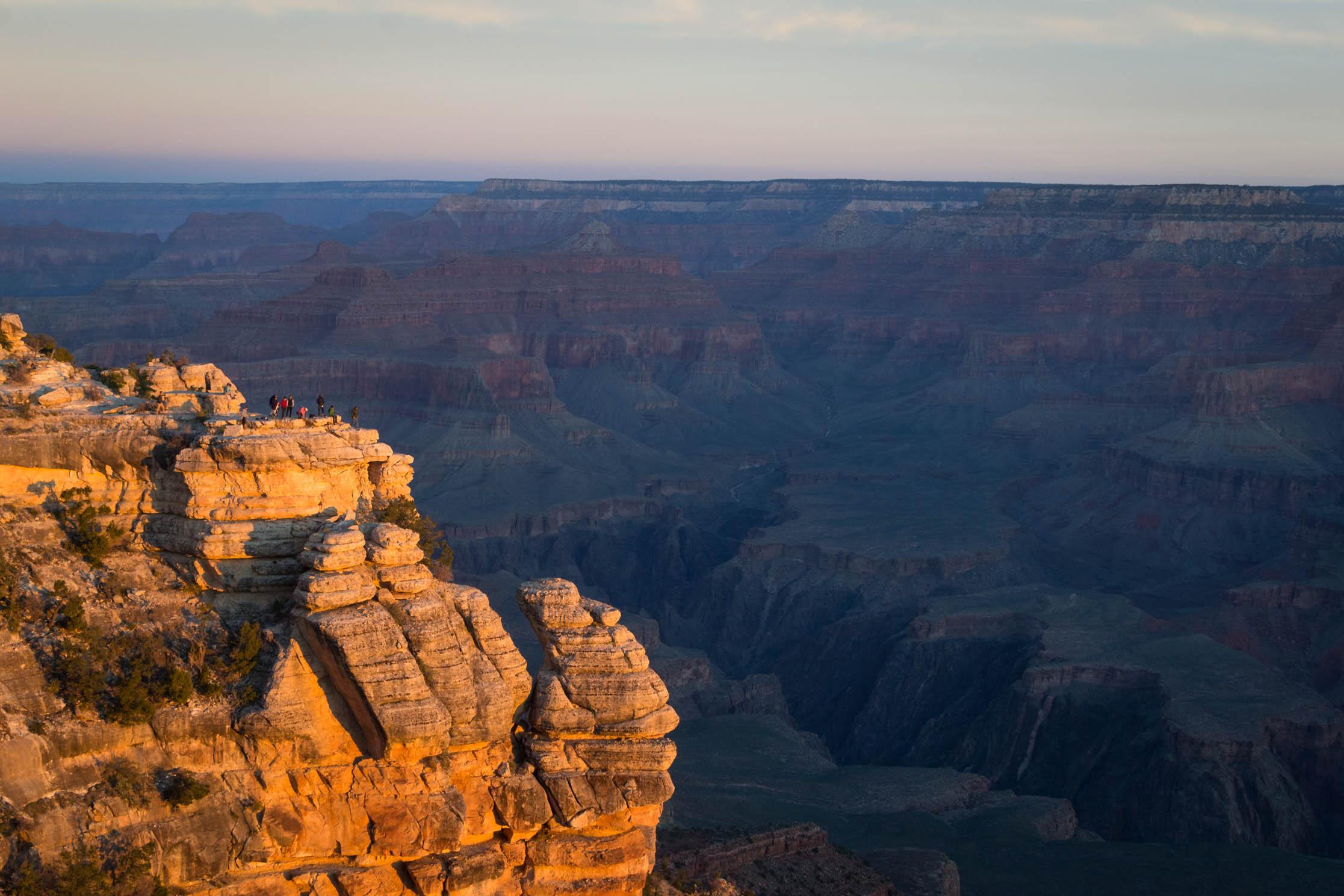 Le lever de Soleil sur le Grand Canyon