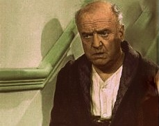 Fred Mertz played by William Frawley creeps downstairs in literary fiction crime