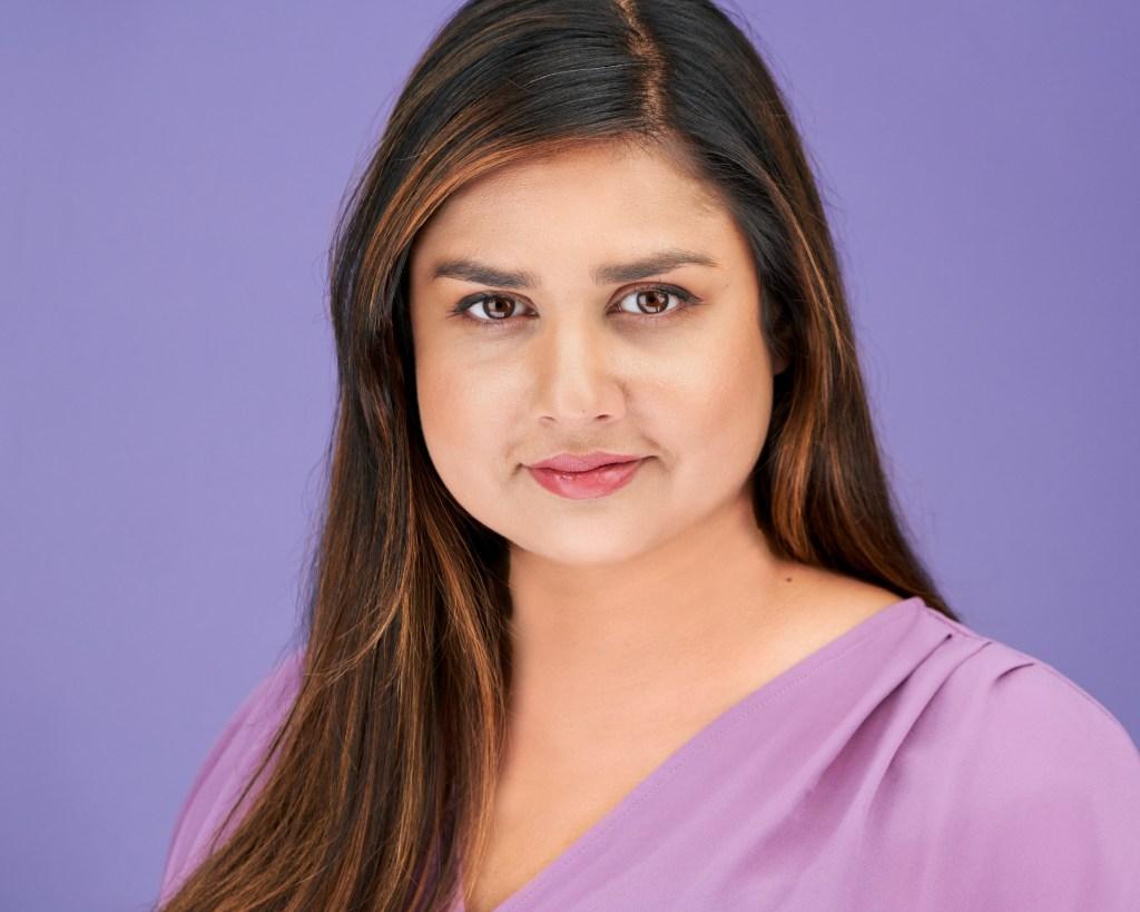 Business Headshot of Sarah Khan