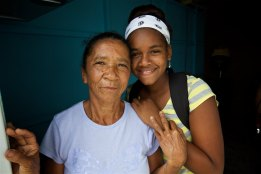 lorenza-and-granddaughter-luzmari-11