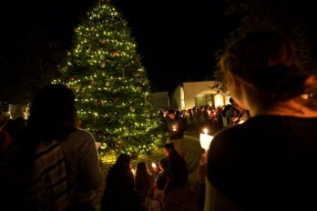 Tree lighting at Pepperdine 8