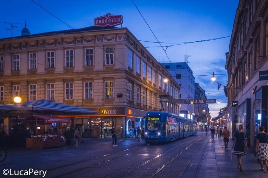 Tram Blu
