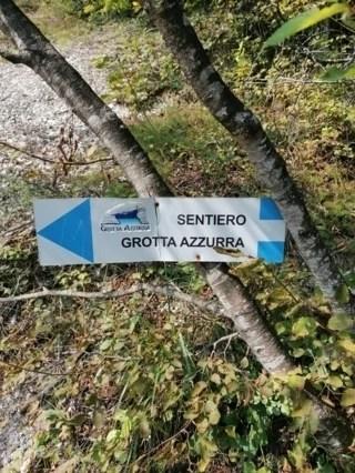 Sentiero Grotta azzurra