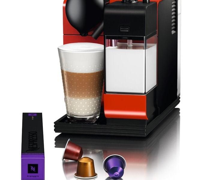 Modelos de cafeteras de cápsulas Nespresso que puedes comprar a buen precio