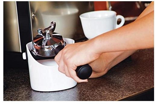 El bote perfecto para tirar los posos del café