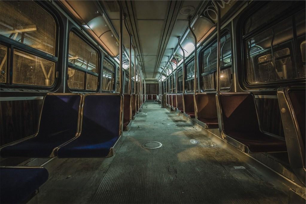 bus, seats, transportation-698688.jpg