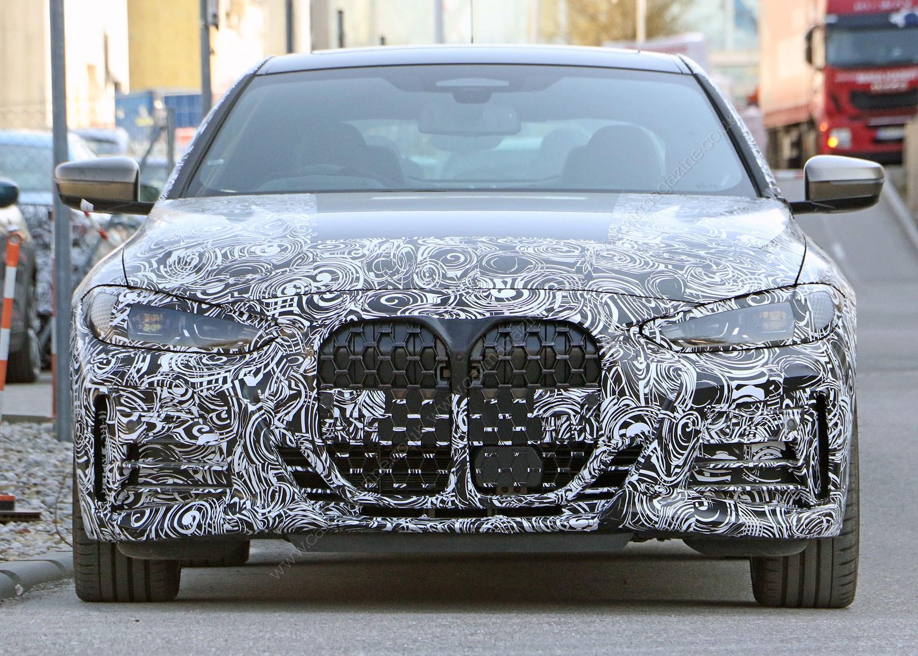 2020 Bmw X7 Vs 7 Series Who Has The Biggest Grille Autoevolution