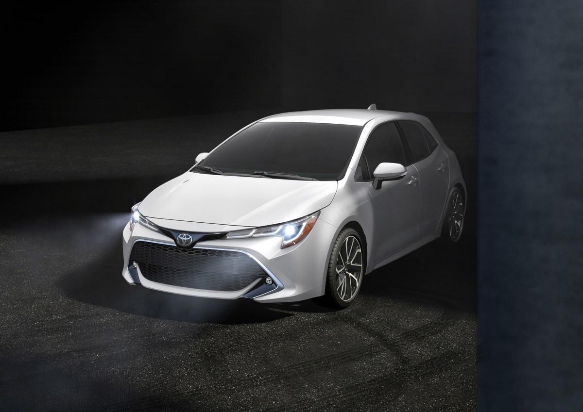 2018年6月に発売予定。トヨタ カローラハッチバック オーリス 2018 【新型車情報・発売日・スペック・価格】