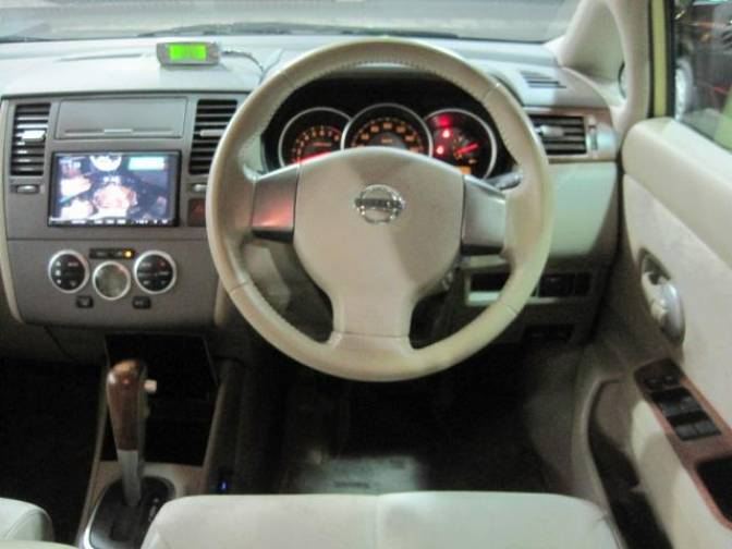 20056 Nissan Tiida C11 15M Premium Interior For Sale