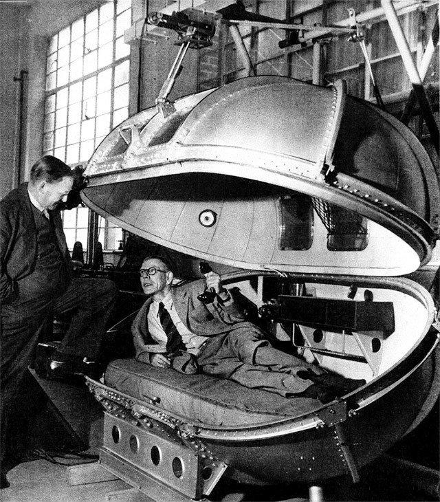 Retronaut.com  chruchhill's pressure chamber
