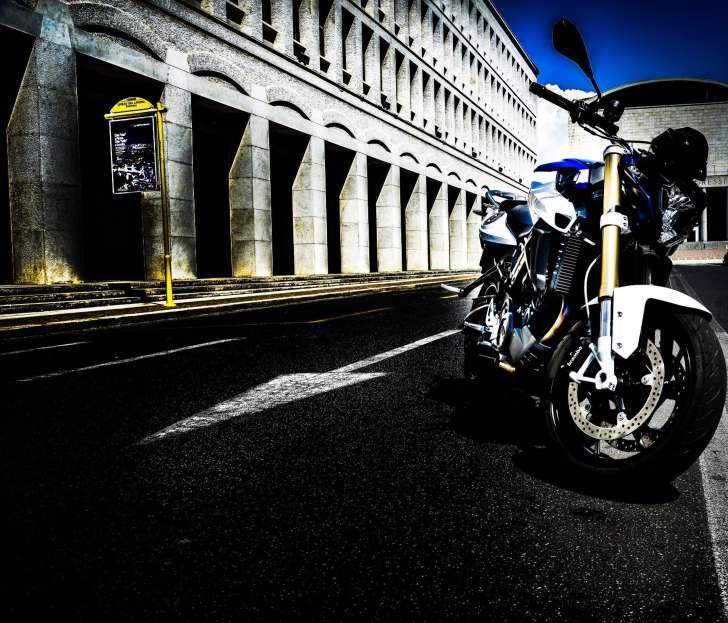 BMW-F800-R_SET5_lucaromanopix