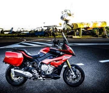 lrpix5-bmw-motorrad_s1000xr-10