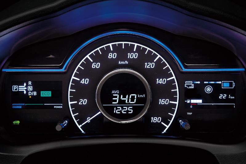 e-POWER搭載車の専用メーターパネル
