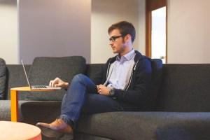 Bisnis Online Mencari Uang dari Rumah