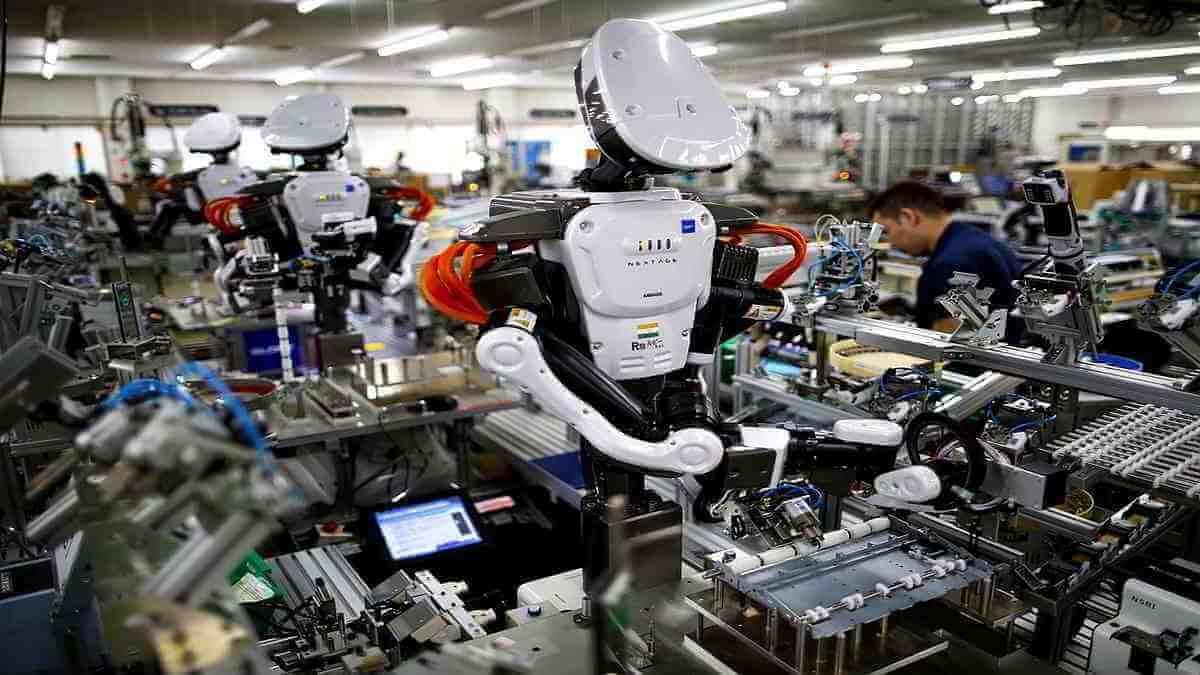 Robotización y digitalización de la economía. Primero derechos, después tecnología
