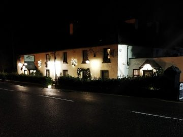 cosy pubs reeks district