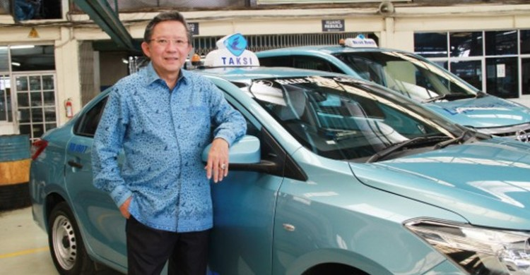 Purnomo Prawiro pemilik Blue Bird, no 49 orang terkaya di indonesia