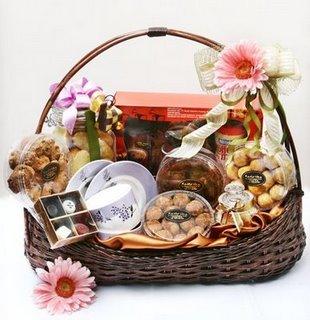 peluang bisnis menjanjikan di bulan ramadhan parcel kue kering