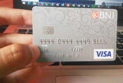 Tips Memilih Kartu Kredit Travel Untuk Mempermudah Keuangan Anda