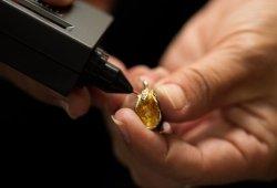 Pelajari Cara Menjual Emas Agar Tidak Rugi
