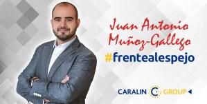 JA Muñoz-Gallego frentealespejo