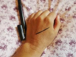 Maybelline Lasting Drama Gel Pen