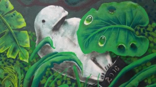 """""""Beluga"""" street art"""