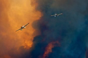 Airtankers over 108 Mile House wildfire. Photo by Bob Grant Photos July 2017