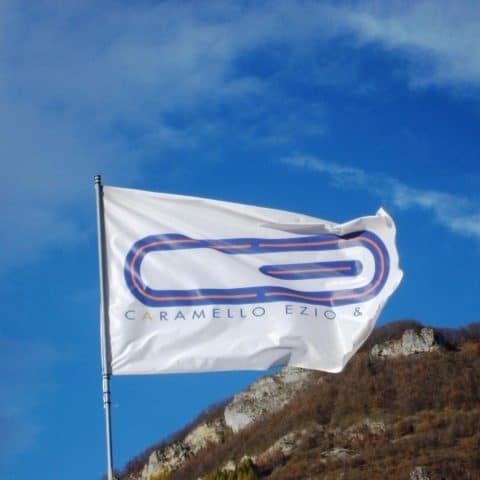 flag_caramello