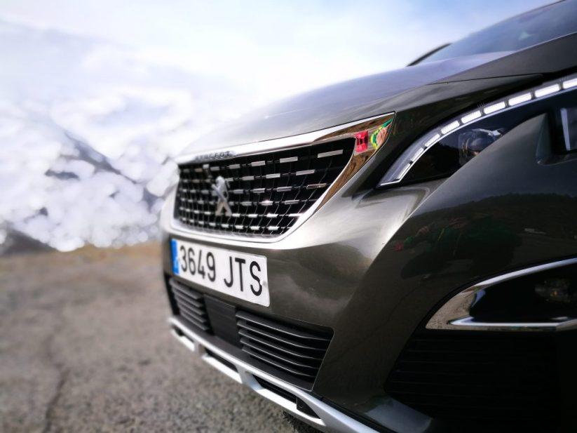 Óptica Peugeot 3008