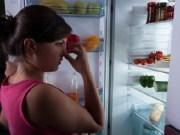 cara menghilangkan bau di kulkas