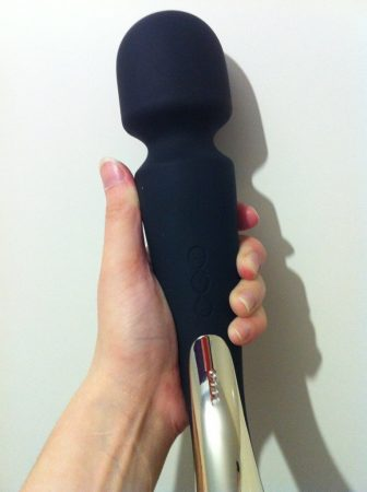 LELO Smart Wand Large Vibrator Review by Cara Sutra