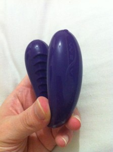 We Vibe 3 - Couples Vibrator Sex Toy   We Vibe Classic Couple's Vibrator Review by Cara Sutra