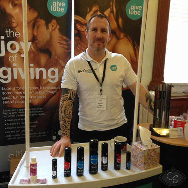 nigel give lube at eroticon 2014