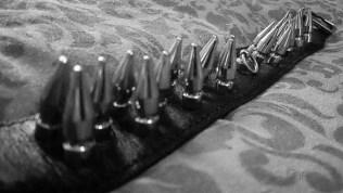 rimba spiked bondage collar cara sutra review-10