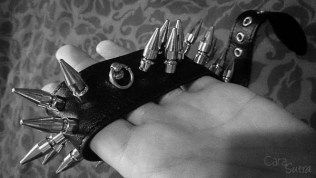rimba spiked bondage collar cara sutra review-23