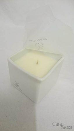 Jimmyjane Afterglow Bourbon Massage Candle Review