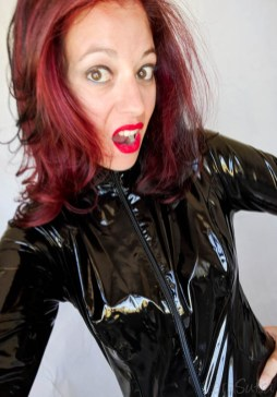 Vawn and Boon PVC Catsuit Review Cara Sutra-19