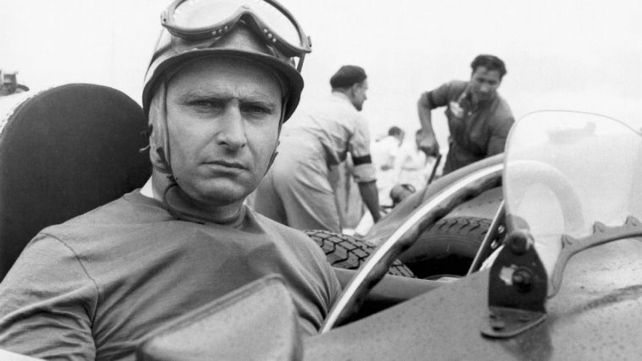 Fangio en blanco y negro – Caras y Caretas