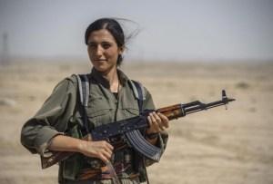 Donne-curde-combattenti-645x436