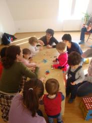 Atelierele Angelicai pentru copii de 1-2 ani Eu parinte ghemotoc 1
