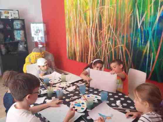ateliere copii Bucuresti Saptamana picturii tempera carton