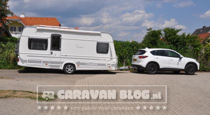 Fendt Tendenza 465 SFB Caravan Zijkant
