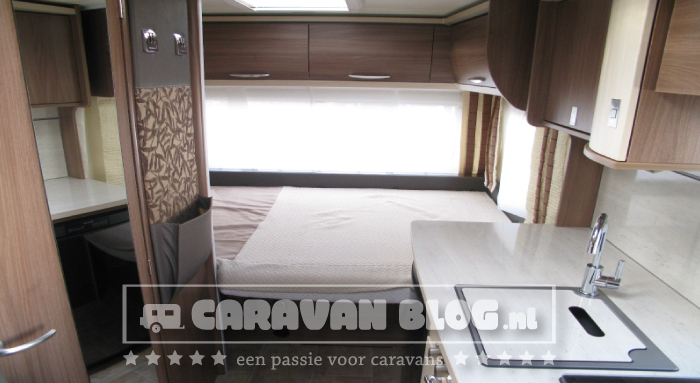 Burstner-Averso-Top-430TS-Bed