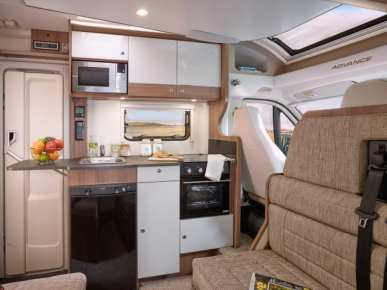 Advance 70-6 kitchen and side dinette