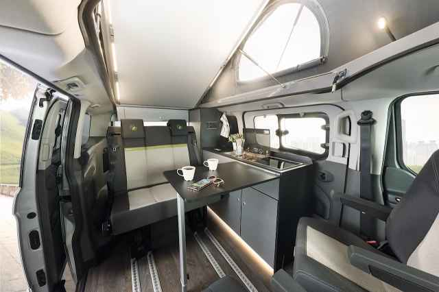 Globevan interior table