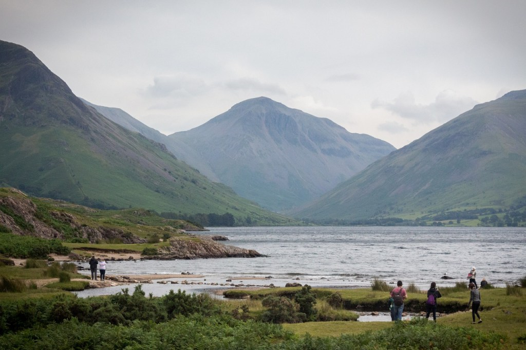 UK's Seven Natural Wonders. Wastwater, Lake District