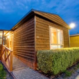 thadspen_standard_cabin
